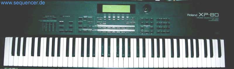 Roland XP80 Digital Synthesizer workstation sequencer