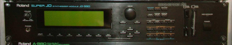 Roland JD990 synthesizer