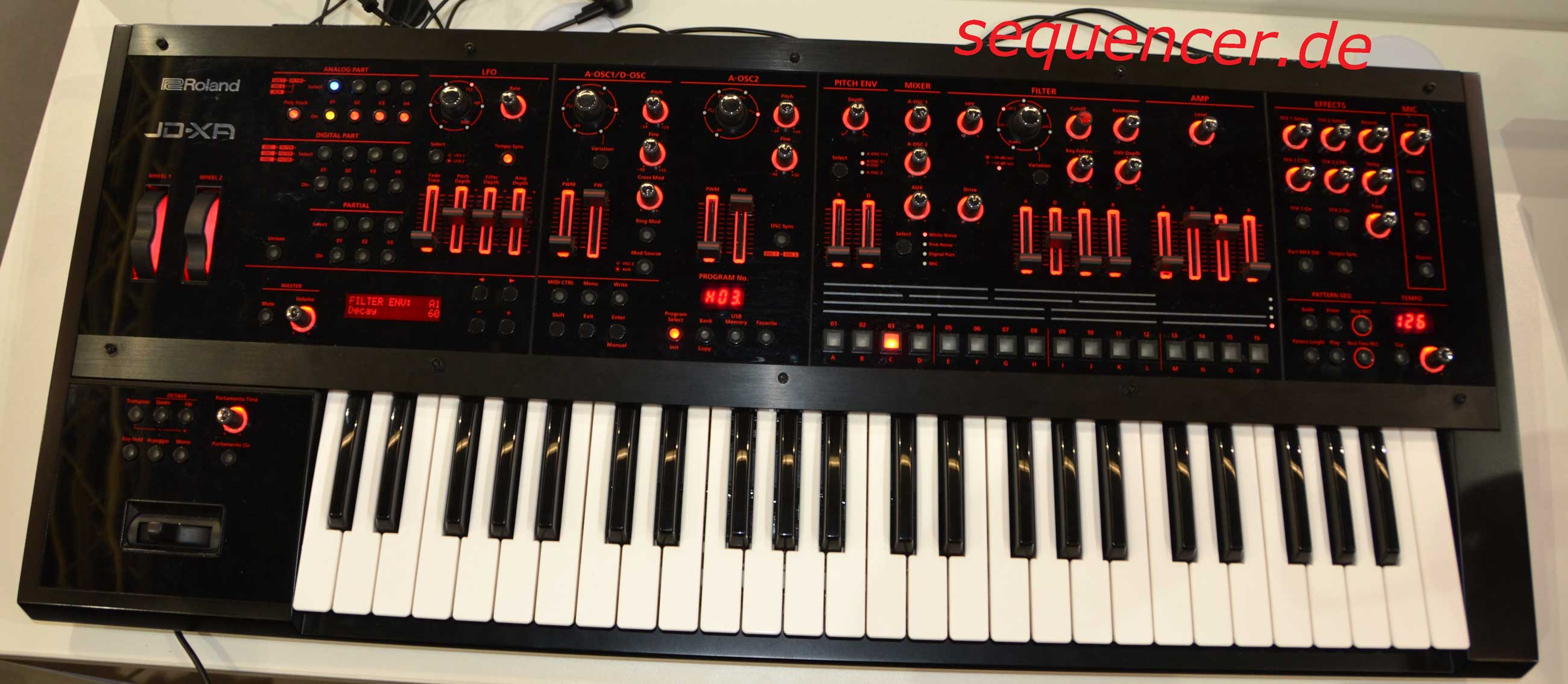Roland Jd Xa synthesizer