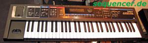 Roland JunoDi, JunoStage synthesizer