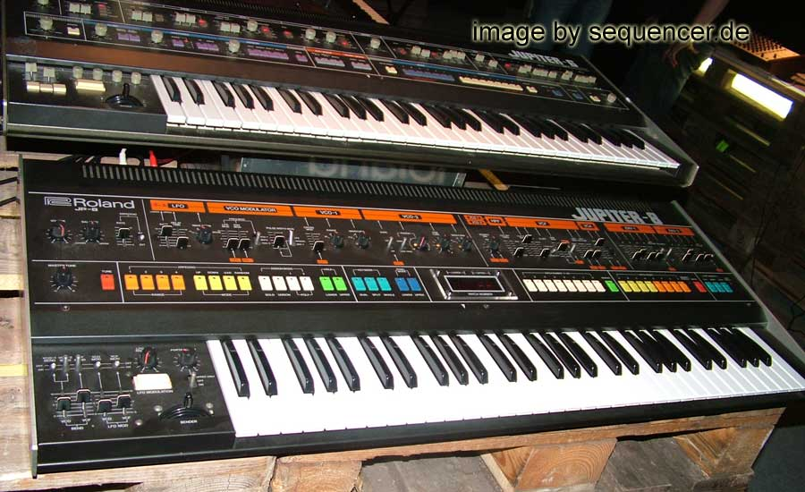 Roland Jupiter 8 synthesizer