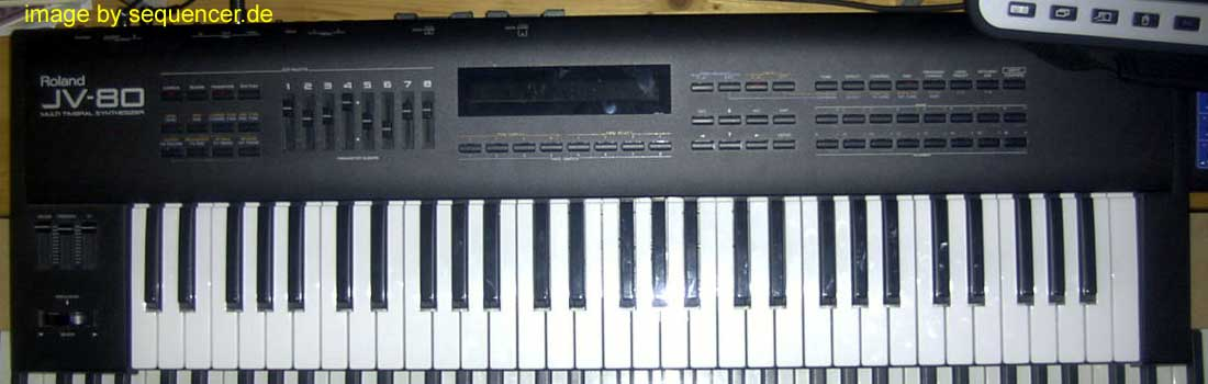 Roland JV80, JV880 synthesizer