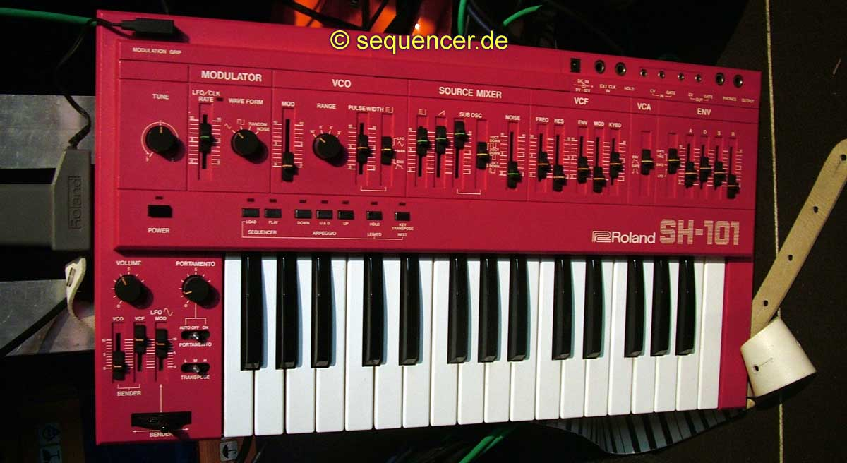 Roland SH101 synthesizer