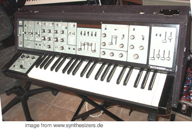 Roland SH-5 SH5 synthesizer