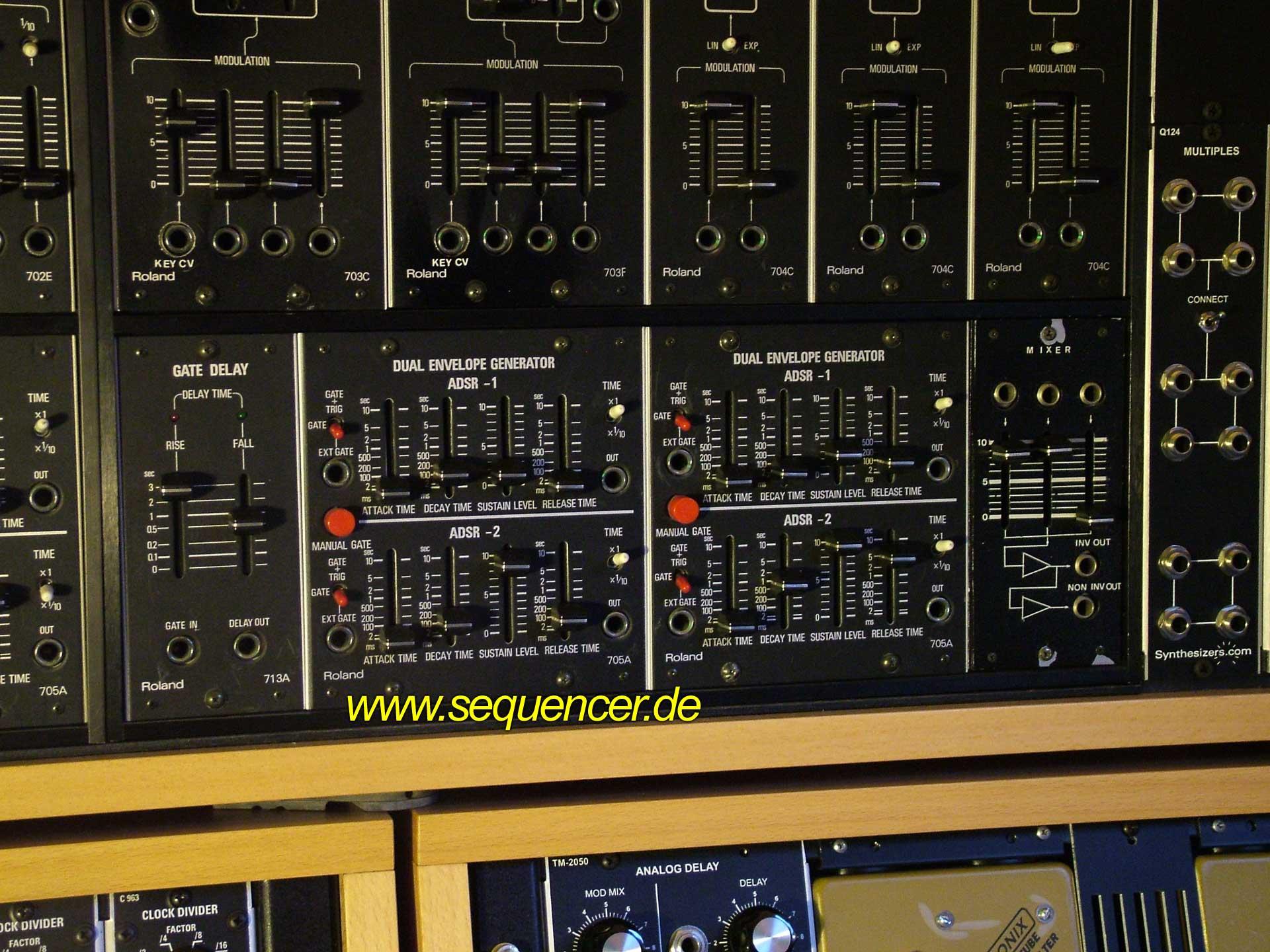 Roland System 700 Roland System700 ENV synthesizer