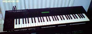 Roland U-20 Roland U20 synthesizer