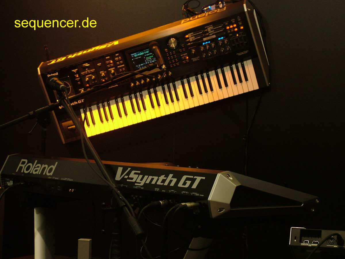 Roland VSynth GT synthesizer