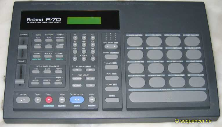 Roland R70 synthesizer