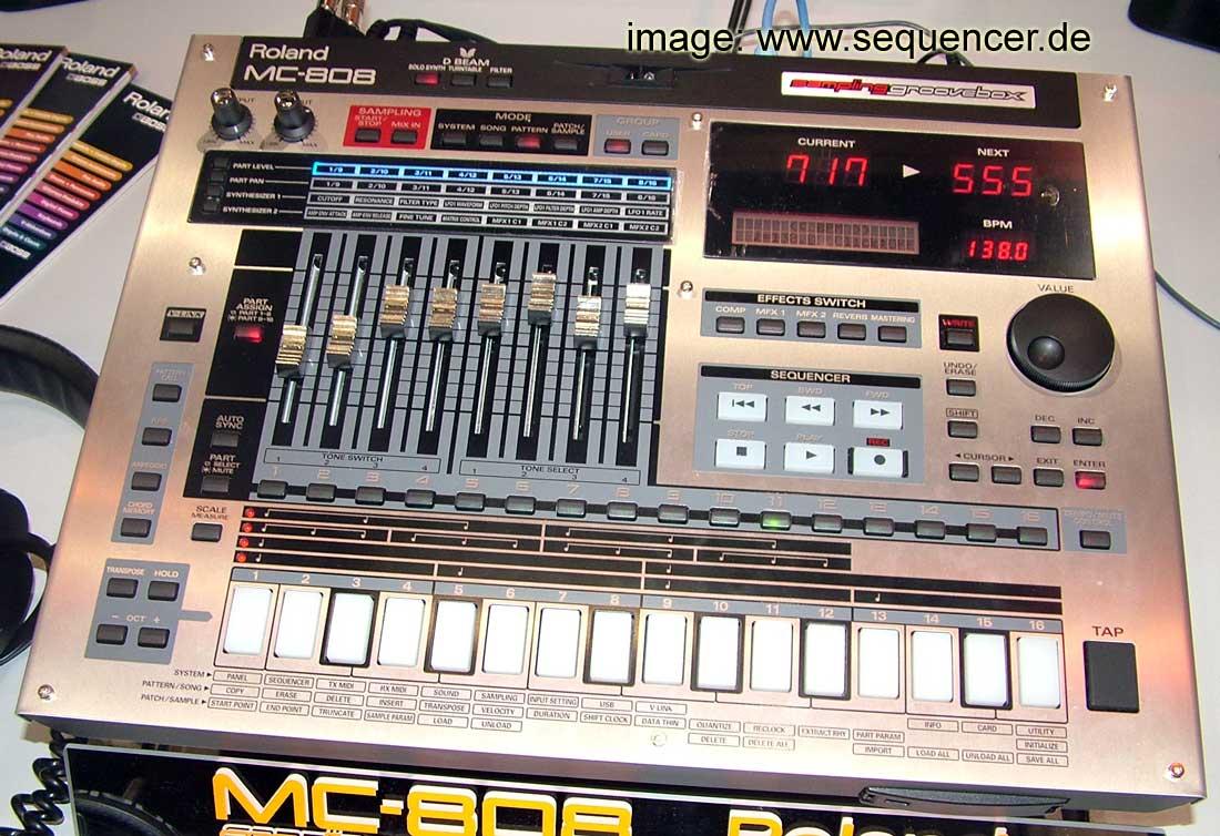 Roland MC808 synthesizer