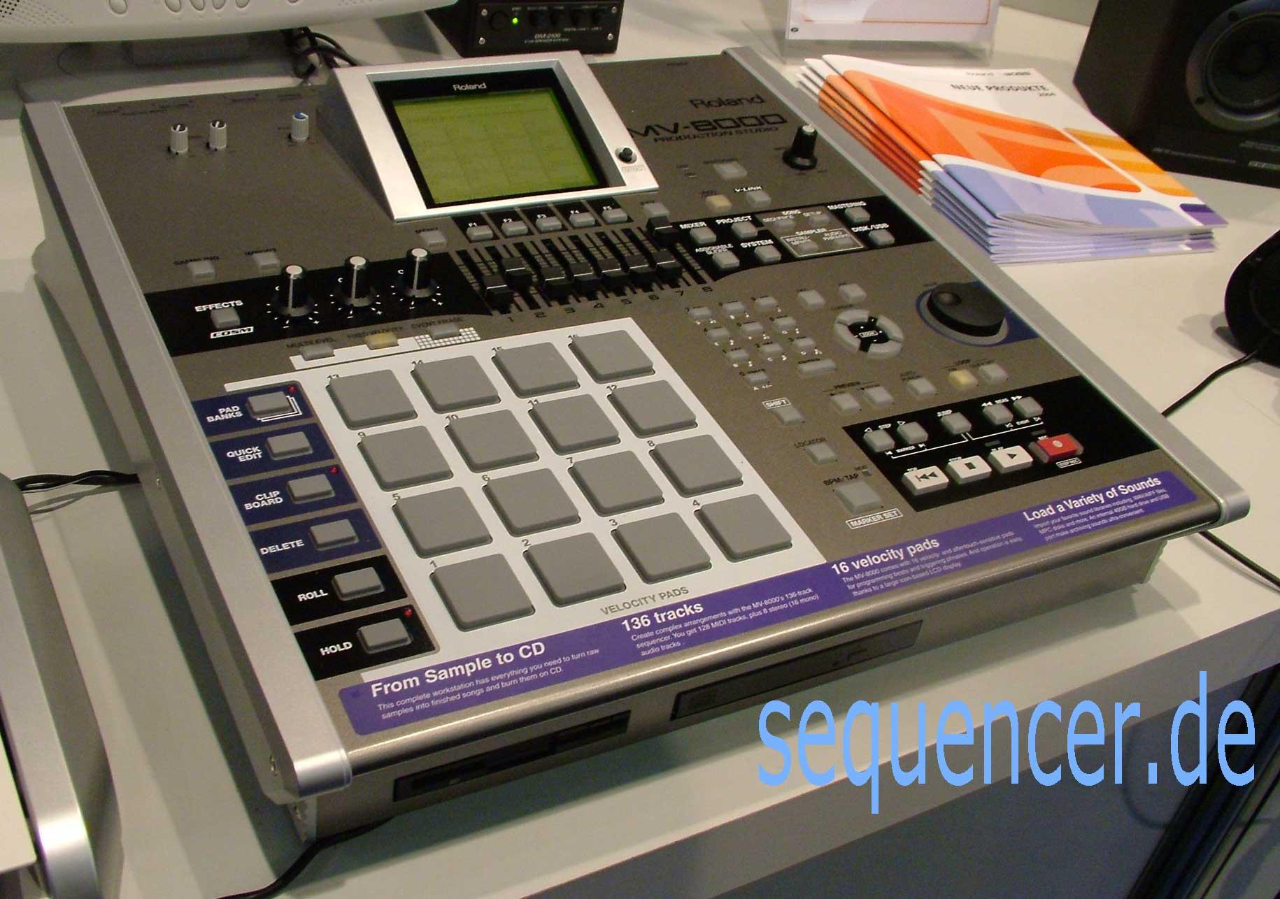 Roland MV8000, MV8800 synthesizer