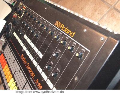 Roland TR-808 Roland TR-808 synthesizer