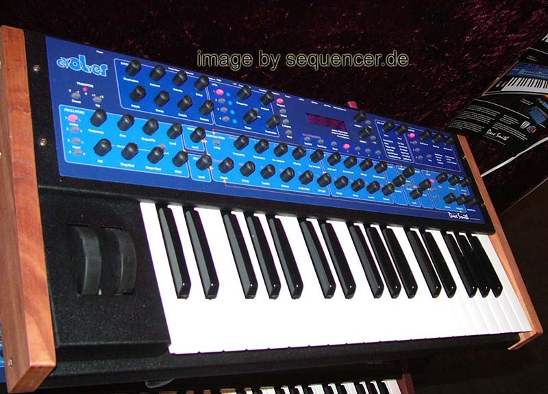 DSI Mono Evolver MEK DSI Mono Evolver MEK synthesizer