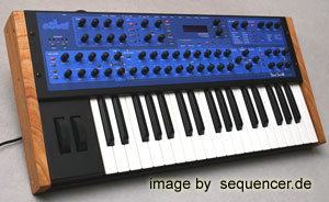 Dave Smith MonoEvolverKeyboard, MEK synthesizer