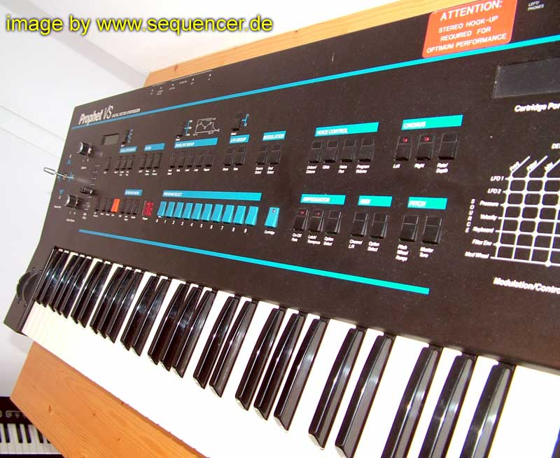 Sequential Circuits Prophet VS synthesizer