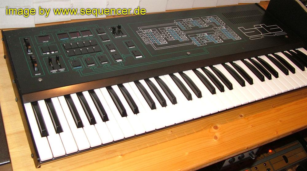 Crumar Bit99 bit01 bitOne synthesizer