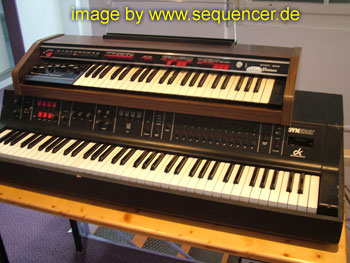 Crumar GDS, Synergy synthesizer