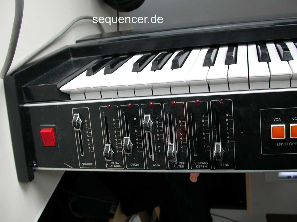 Elka Solist 505 Soloist 505 synthesizer