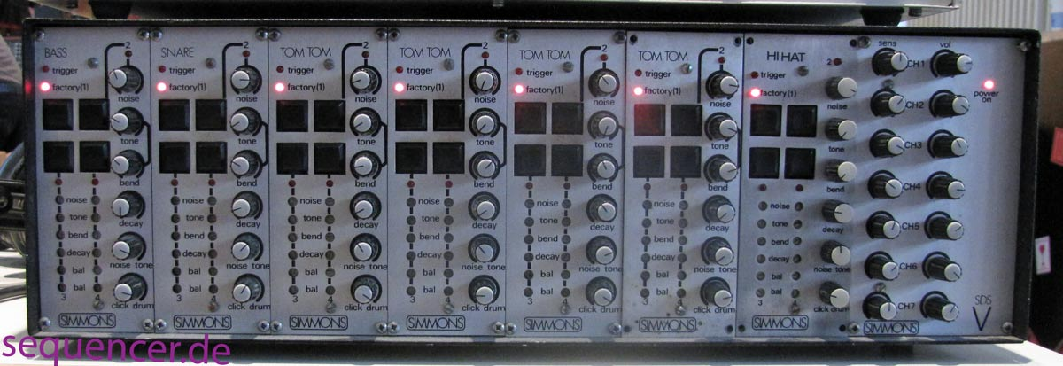 Simmons SDS5, SdsV synthesizer