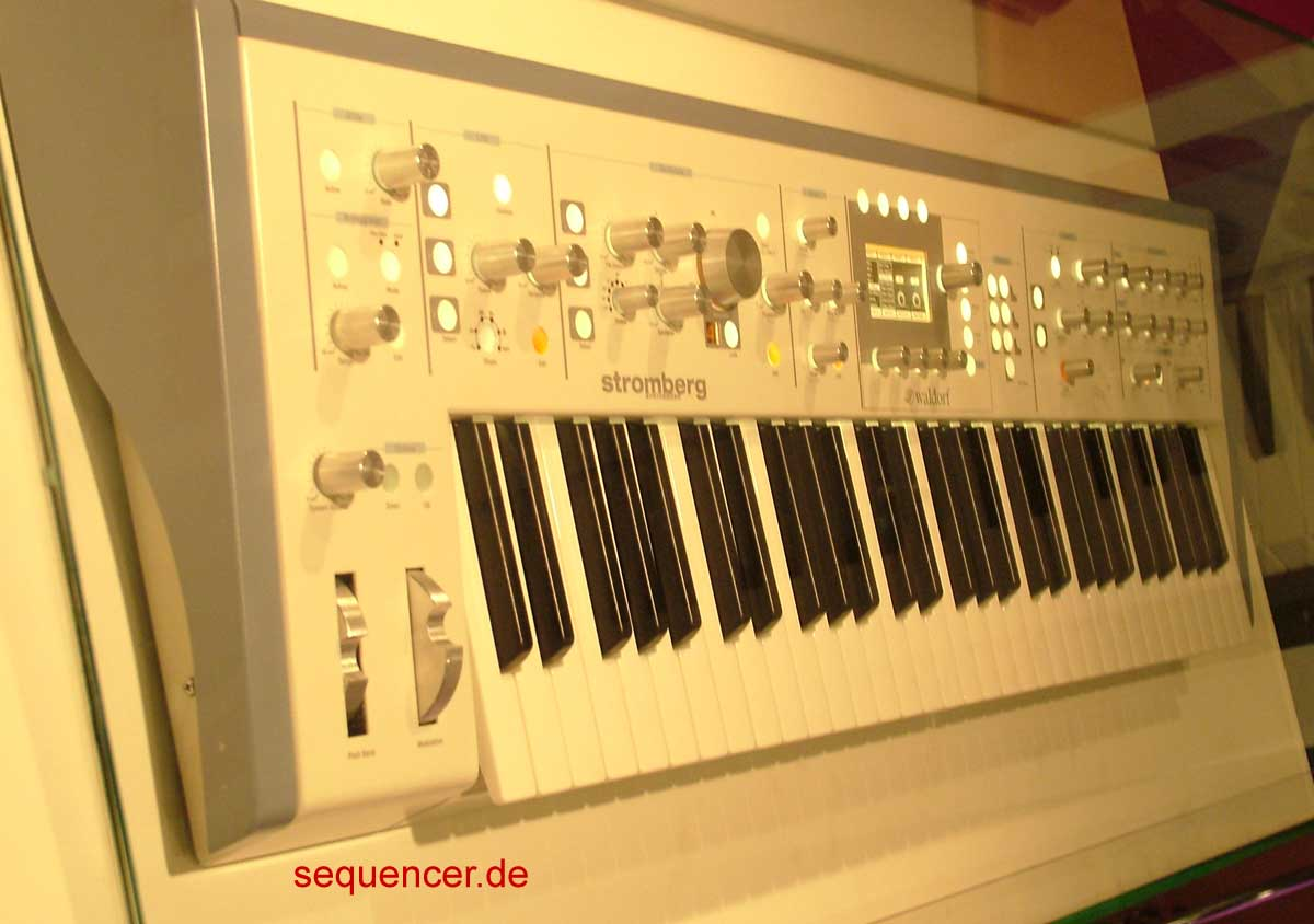 Waldorf Stromberg synthesizer