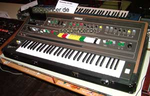 Yamaha CS60 Yamaha CS-60 synthesizer