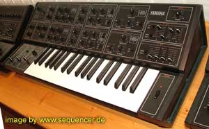 Yamaha CS15 synthesizer