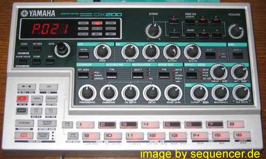 Yamaha DX200 synthesizer