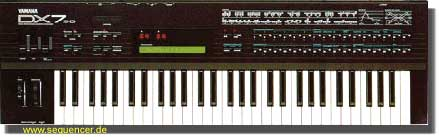 Yamaha DX7II, DX7IIFD synthesizer