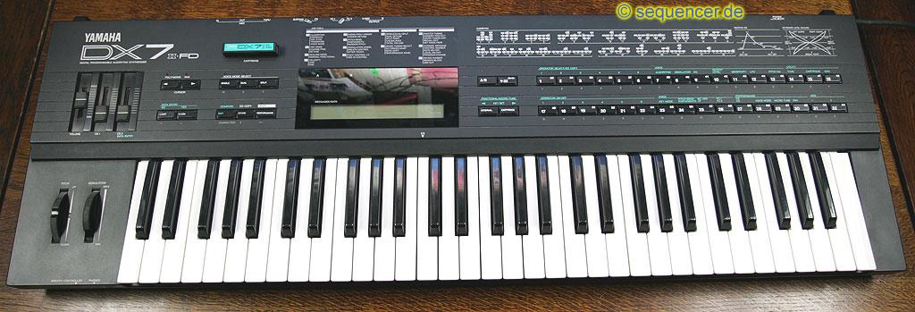 yamaha dx7ii dx7iifd digital synthesizer