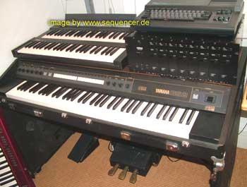 Yamaha TX816, TX416, TX216 synthesizer