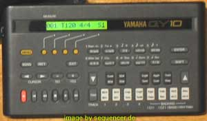 Yamaha QY10 synthesizer