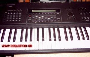 yamaha SY85 Yamaha SY-85 synthesizer