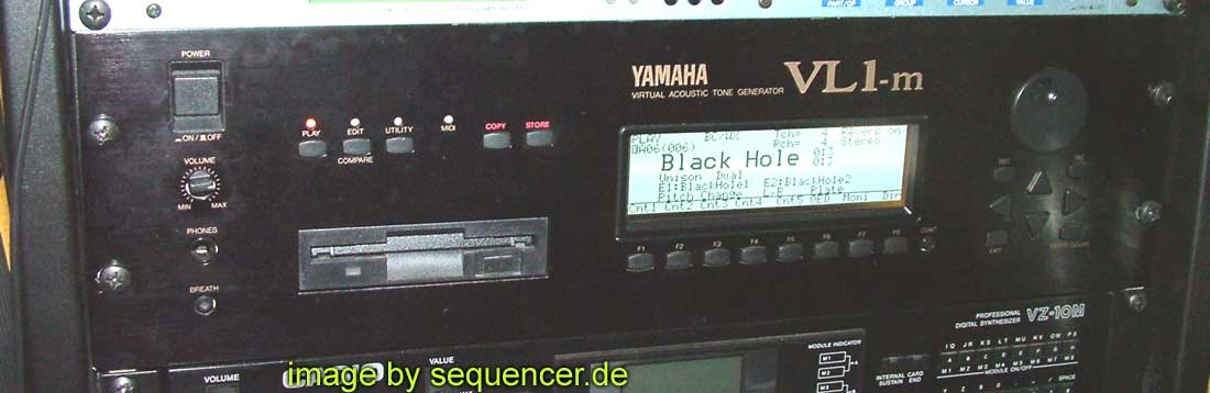 Yamaha VL7m synthesizer