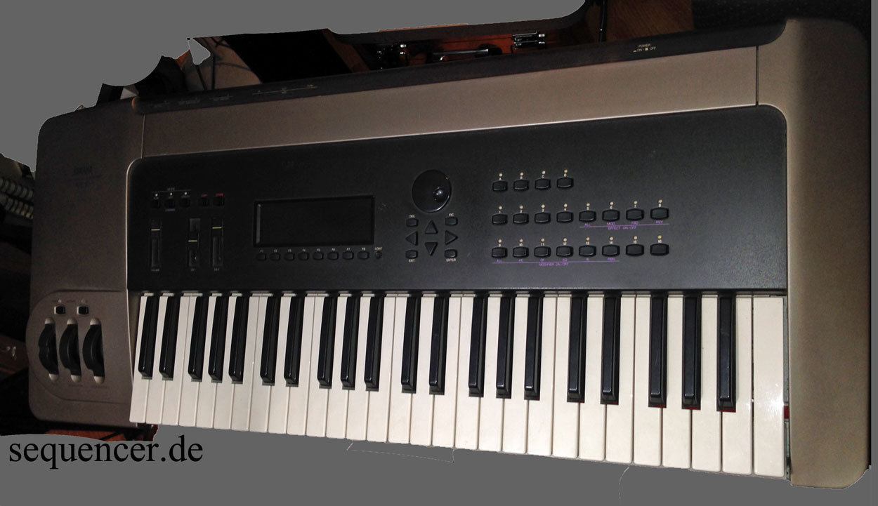 Yamaha VL7 synthesizer