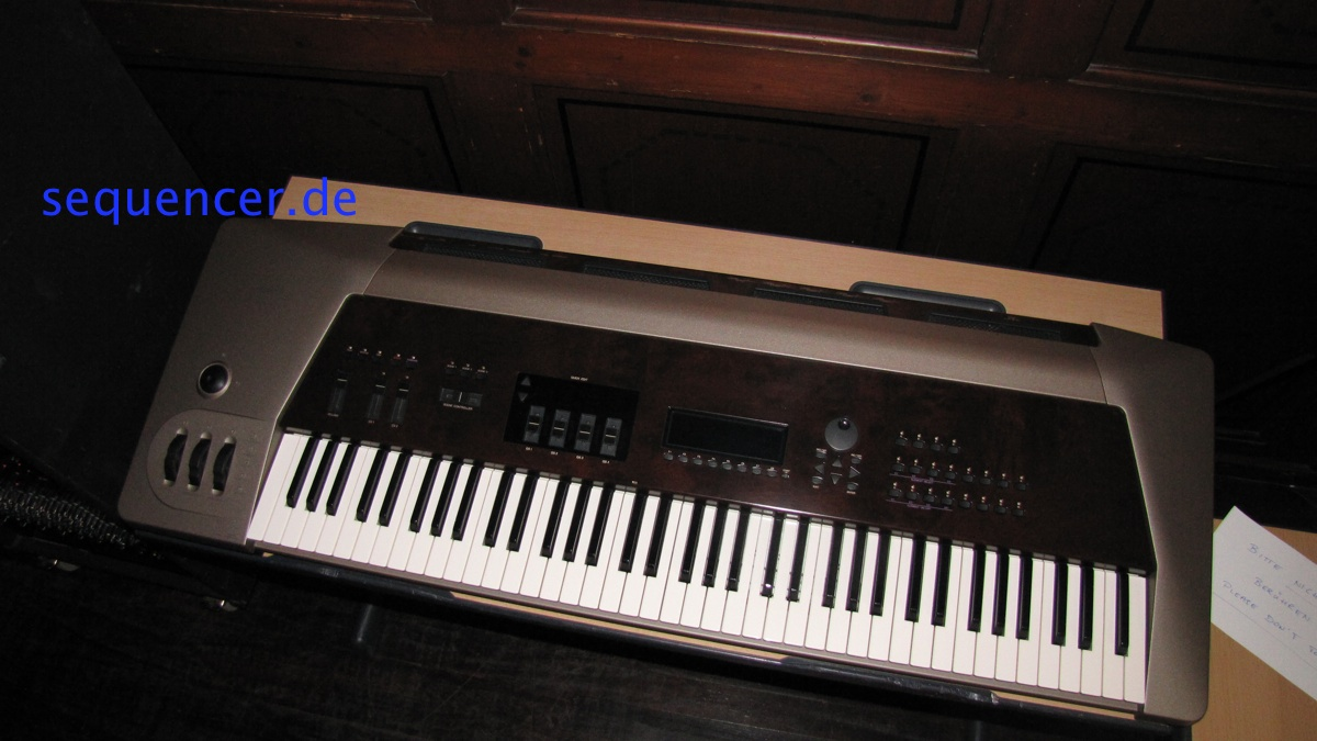 Yamaha VP1 synthesizer
