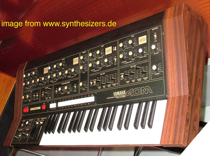 Yamaha CS40m synthesizer