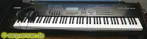 Yamaha S90ES Yamaha S90-ES synthesizer