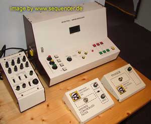 Oberheim sequencer l.jpg