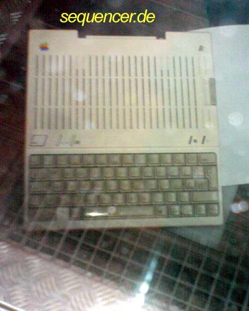 Image:Apple_IIc.jpg
