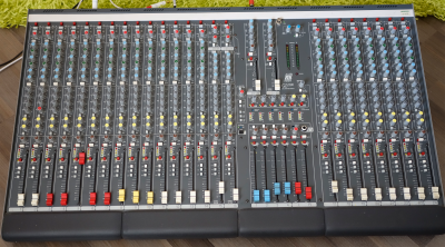 Allen_Heath_GL2200-424.png
