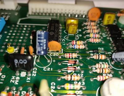 polysix_ceramic_capacitor_gunk.PNG