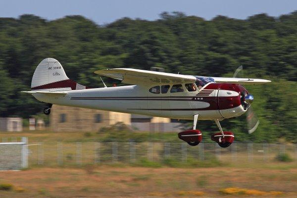 Cessna195-NC308IB.jpg