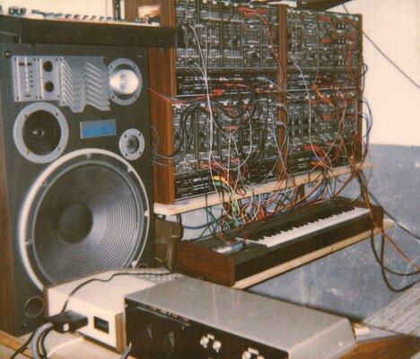 1981 - SynxsS-Studio Dreieich.jpg